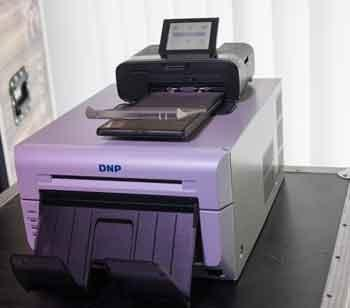Photo Booth Drucker DNP DS 620 vs Canon Selphy